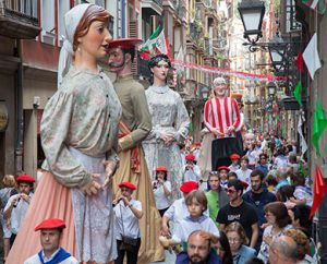 Gigantes y cabezudos. Fuente: Bilbao Turismo