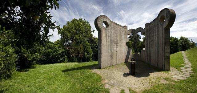 Escultura Chillida Gernika. Arte Bizkaia
