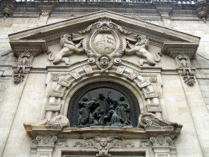 San Nicolas escudo Bilbao fachada san-nicolas-church-909864_960_720