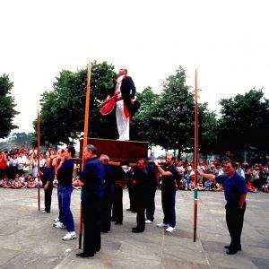 Danzas y Tradiciones en Lekeitio Bizkaia